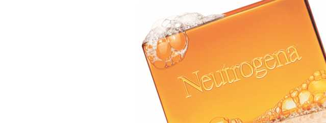 NEUTROGENA® Soap falling through water
