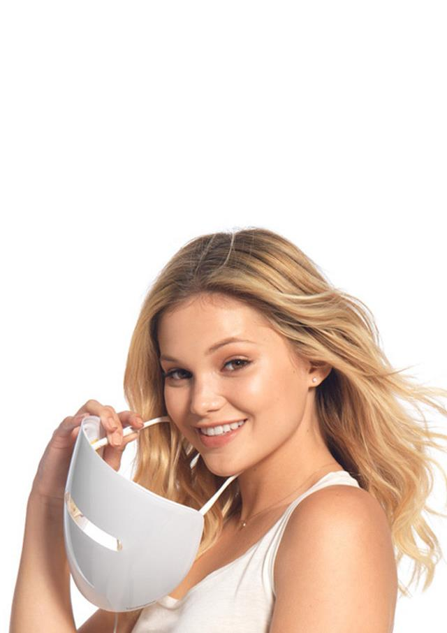Olivia Holt with NEUTROGENA® light therapy acne mask